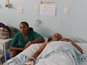 Francisca Pereira e o marido Juacelo Nunes (Foto: Ellyo Teixeira/G1)