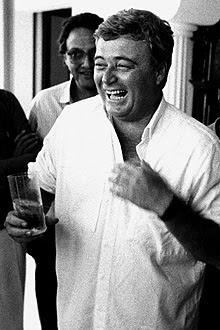 Ricardo Teixeira na festa pela eleição na véspera de sua posse em janeiro de 1989; ao fundo Marco Antonio Teixeira
