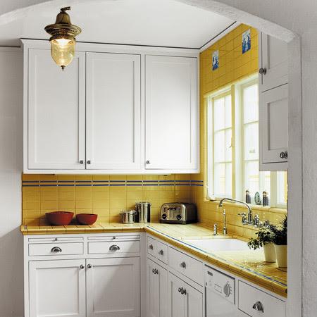 Ideas  Kitchen on Kitchen Cabinets Black Granite Countertopscherry Kitchen Cabinets Ally