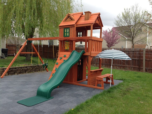 Keep Your Playset Looking Like New: 5 Tips for Maintaining Your Wooden Swing Set