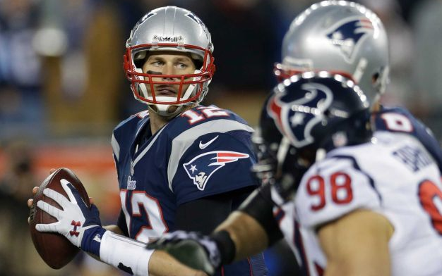TOM BRADY , NEW ENGLAND PATRIOTS  (Elise Amendola/Associated Press)