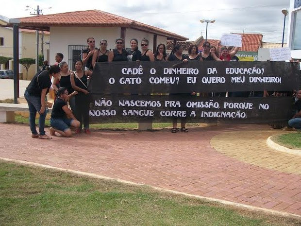 Professores de Afrânio param por 72 horas (Foto: Divulgação/Sintepe)