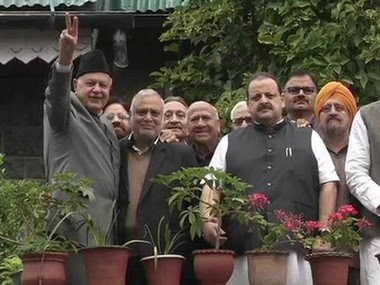 Farooq Abdullah with a delegation of National Conference leaders. Twitter@airnewsalerts