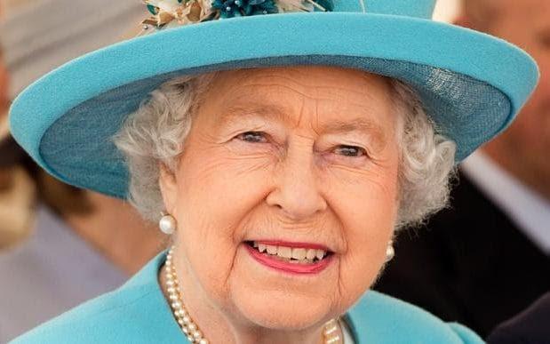 Queen Elizabeth II head shot
