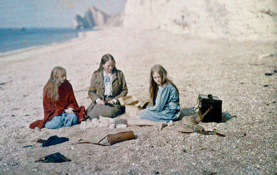 early-color-photography-1913-christina-red-marvyn-ogorman-2