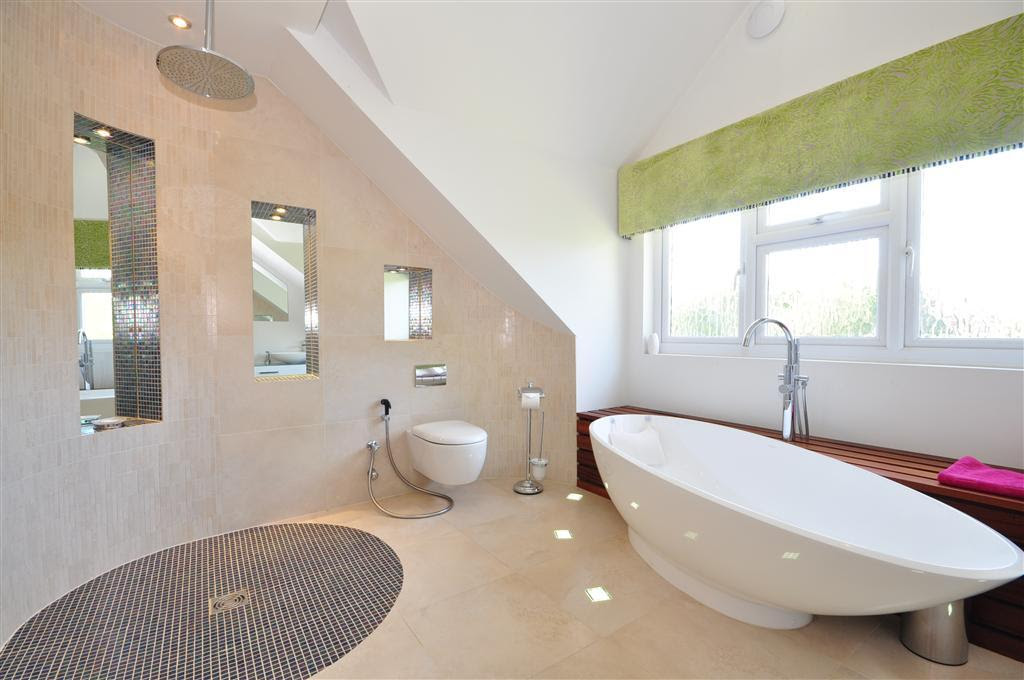 Contemporary Freestanding Bath Design Ideas, Photos ...