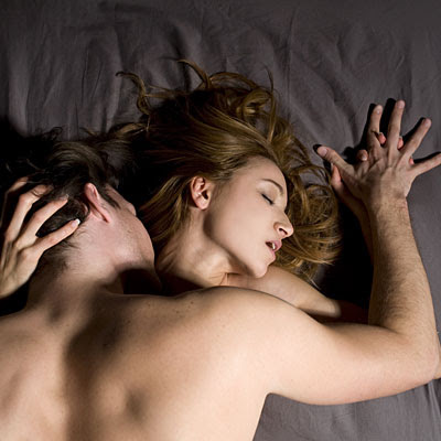 couple-touching-sex