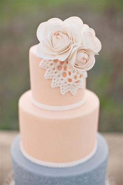 Wedding cakes, Doilies and Cakes on Pinterest