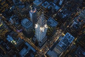From a Helicopter, a Photographer Finds Novel Angles on NYC