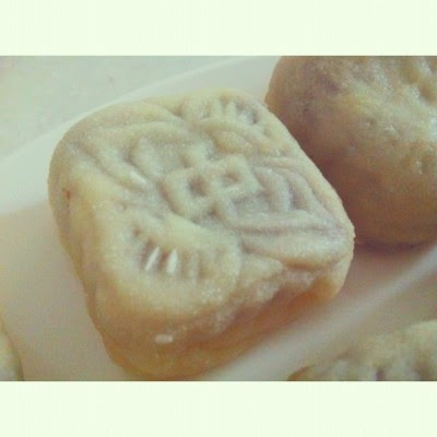 Vanilla, redbean snowskin mooncake.  (Taken with Instagram at 💓home sweet home💓)