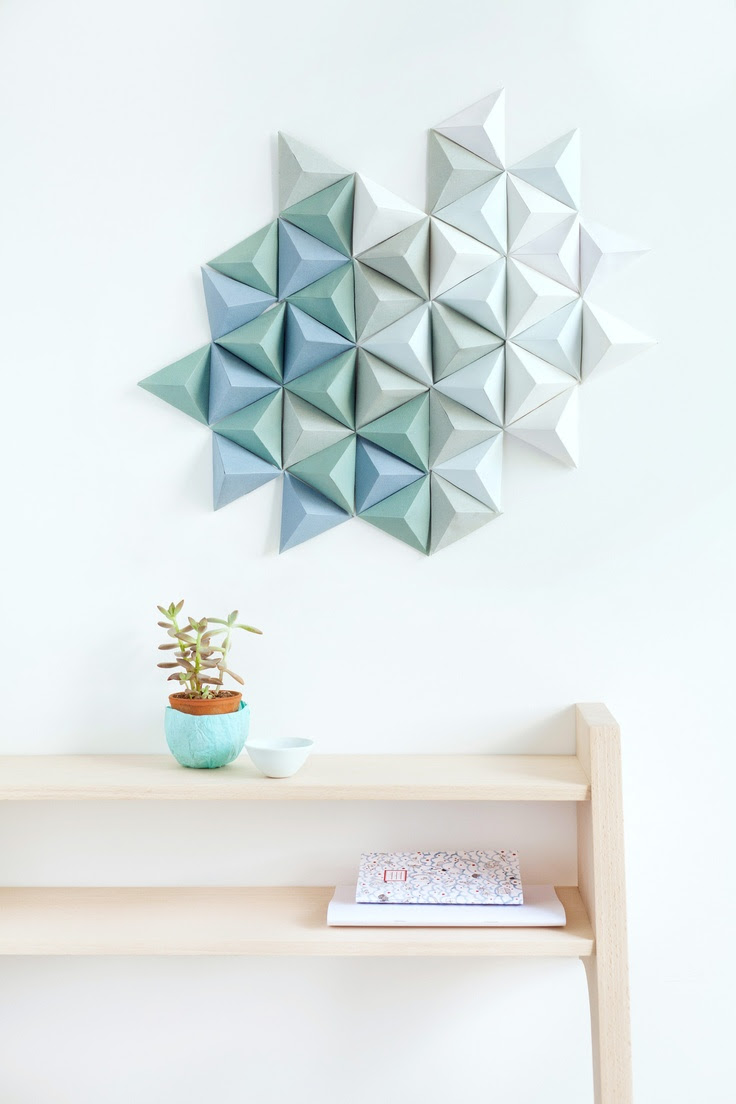 21 Extraordinary Smart DIY Paper Wall Decor That Will Color Your Life homesthetics design 20 20 Extraordinary Smart DIY Paper Wall Decor [Free Template Included]