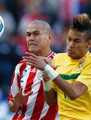 http://s.glbimg.com/es/ge/f/300x397/2011/07/17/veron_neymar_reu950.jpg