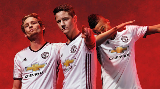 Three Manchester United men battle it out for Player of the Month - Diski 365