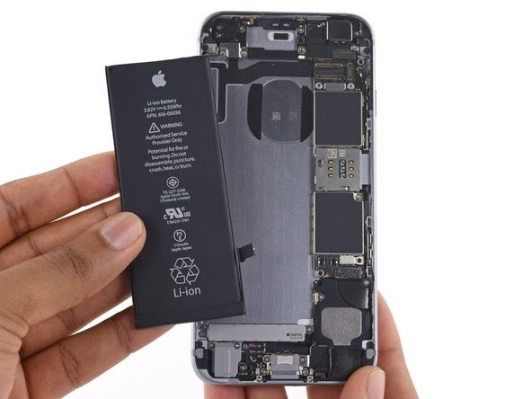 Latest iPhone Battery Slowdown Class Action Lawsuit Seeking An Unbelievable $999 Billion Payout