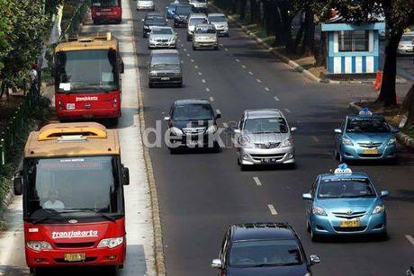 600 Bus TransJakarta Dilengkapi GPS