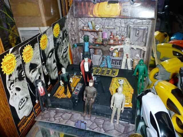 vintage universal monster toys