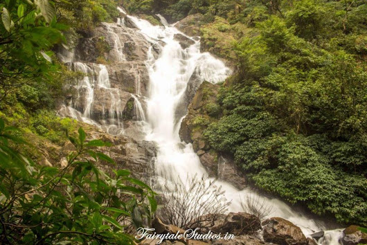 Offbeat Goa: Tambdi Surla Temple and Waterfall | | Photography - Travel - Blog | India | Fairytale Studios |