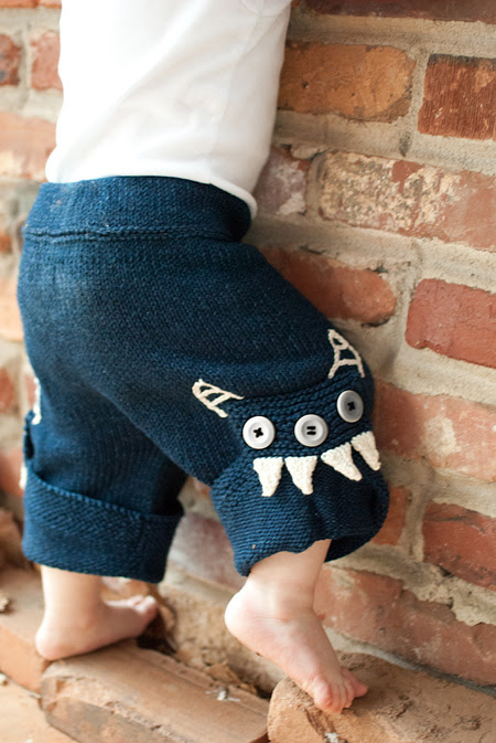 Free knitting pattern for Chompers baby pants