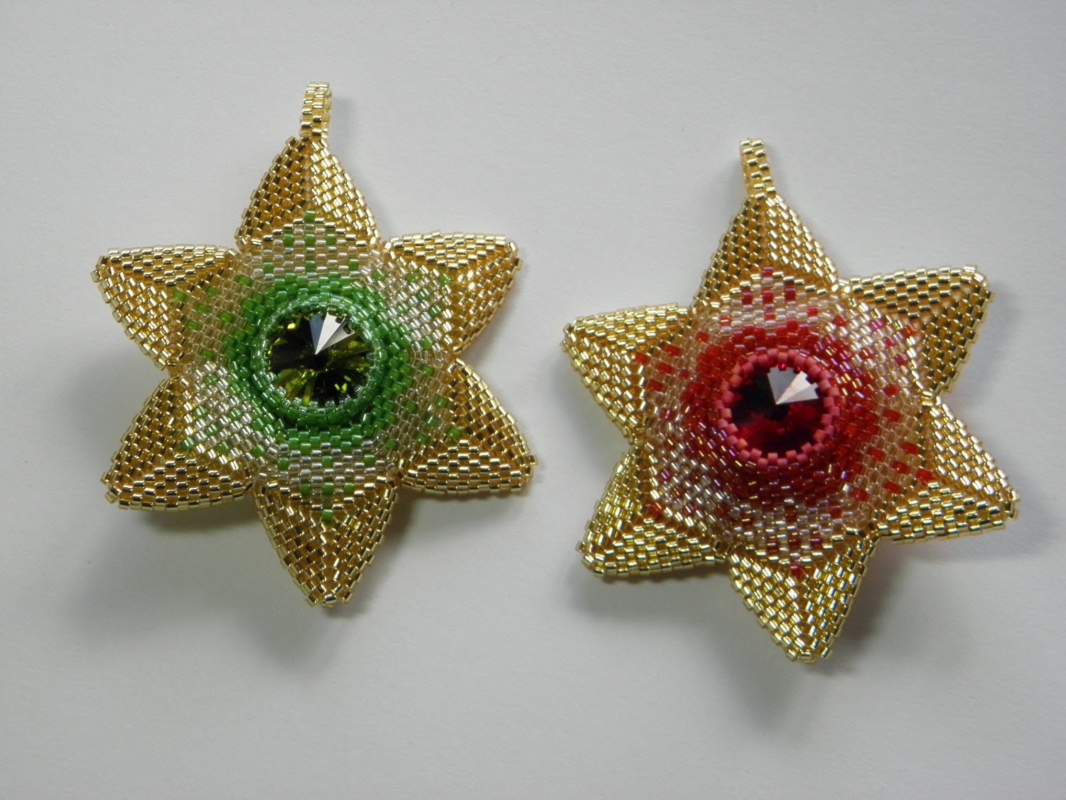Christmas Star Ornament - Beadflowers