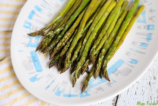 Easy Baked Asparagus Recipe: How to Bake Asparagus in the Oven
