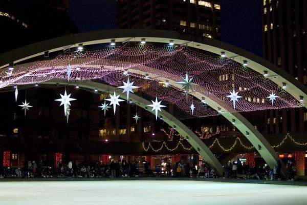 skating_cityhall2