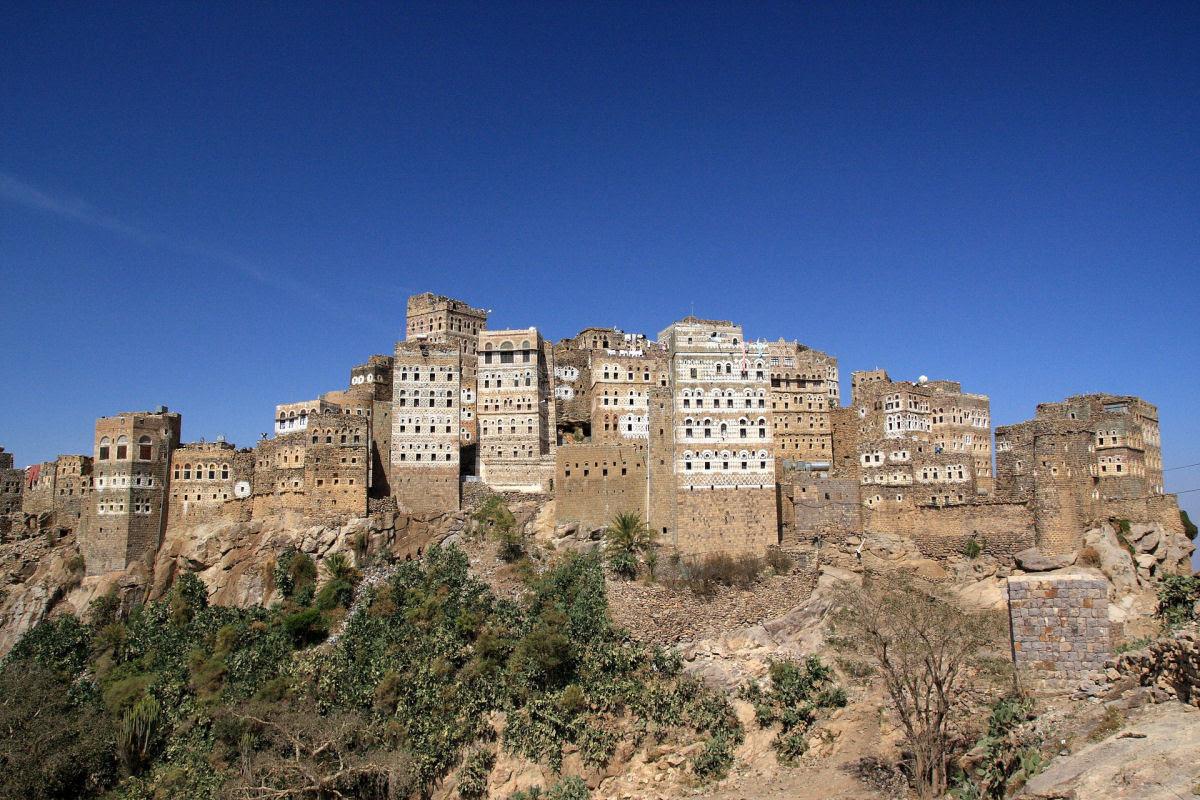 Al Hajjarah, a cidade da Idade Média com edifícios de vários andares 15