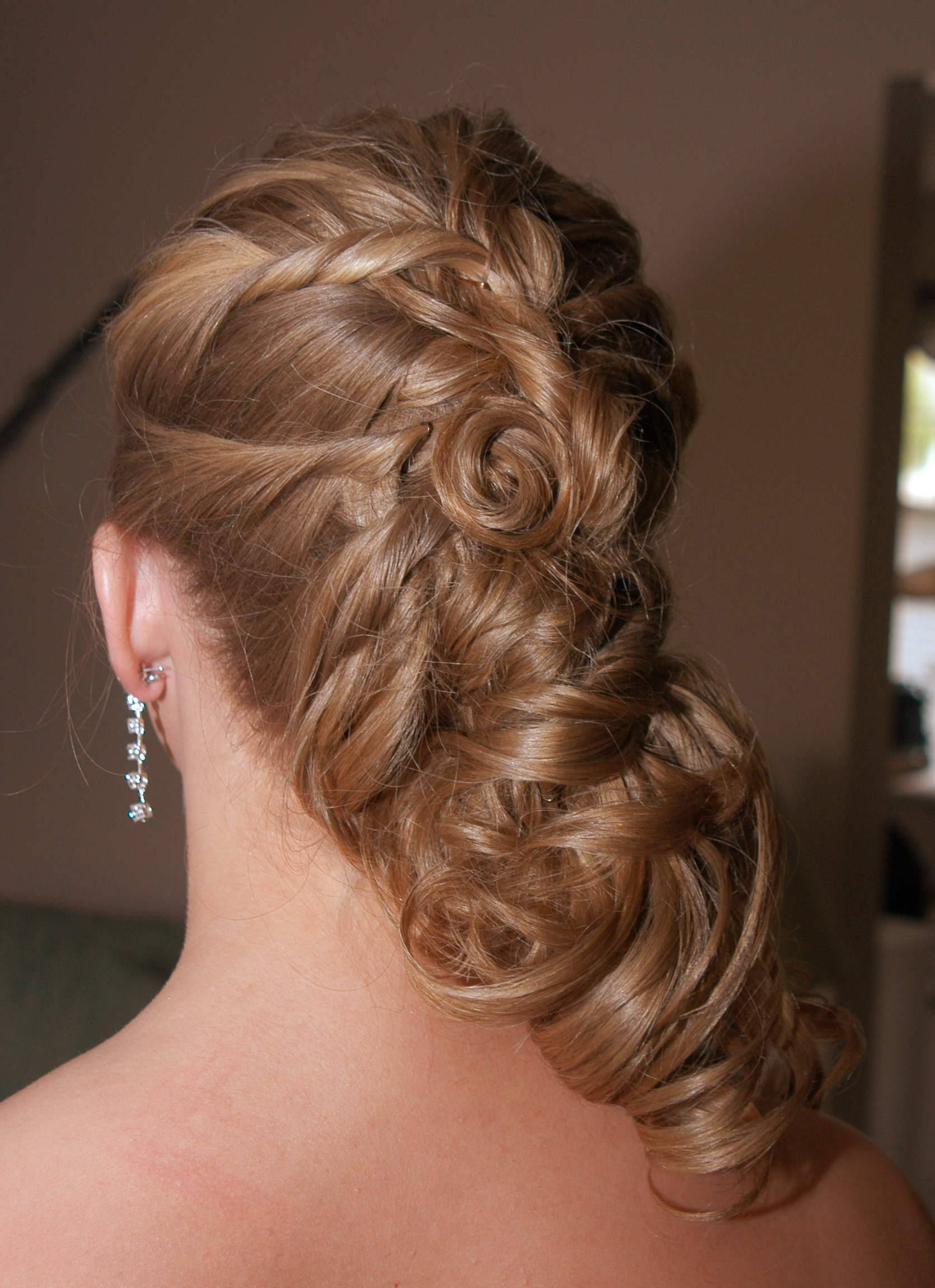 Prom Hairstyles Down Dos Haircuts