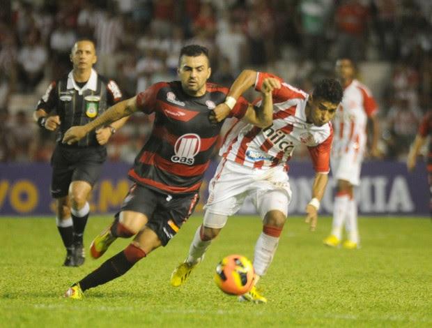 náutico x vitória  (Foto: Aldo Carneiro / Pernambuco Press)