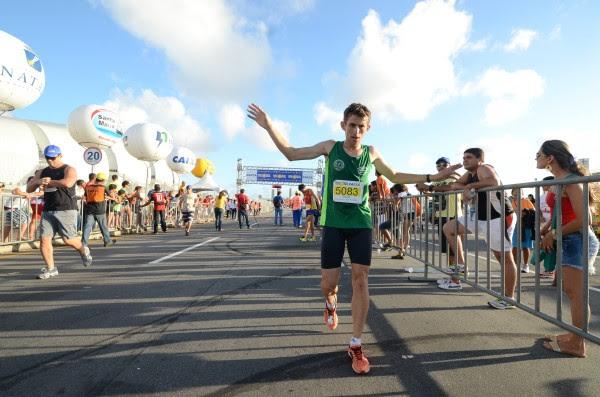 André Carlos, vencedor da prova dos 5km da Meia Maratona do Sol