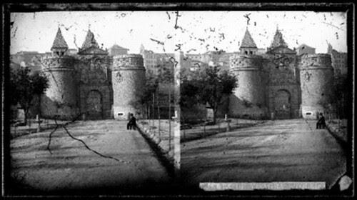 Fotografía estereoscópica de Toledo. Puerta de Bisagra hacia 1860 por Rodríguez
