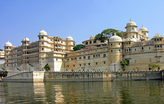 Helicopter, charter booking in udaipur rajasthan india for tour