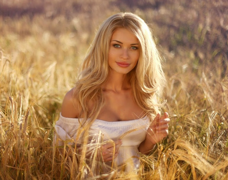 Екатерина Бурая (Беларусь) Мисс Супранешнл / Miss Supranational 2012 фото