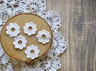 Набор вязаных цветочков (белый)