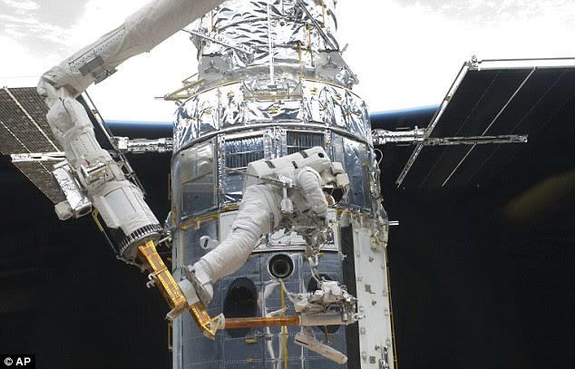 Astronaut Andrew Feustel