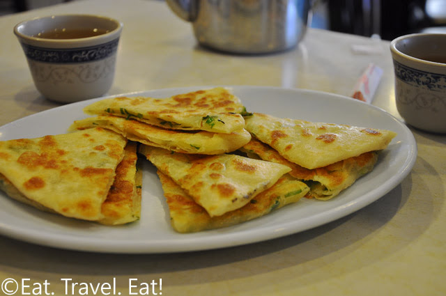Scallion Thick Pan Cake (Green Onion Pancake)