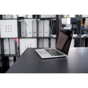 Macbook Pro Gahag 著作権フリー写真イラスト素材集
