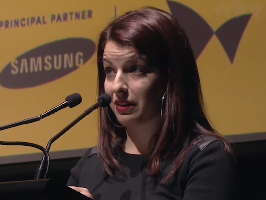 "Anita Sarkeesian ""What I Couldn't Say"" Speech Lays Bare What Two Years Of Endless Abuse Does To You"