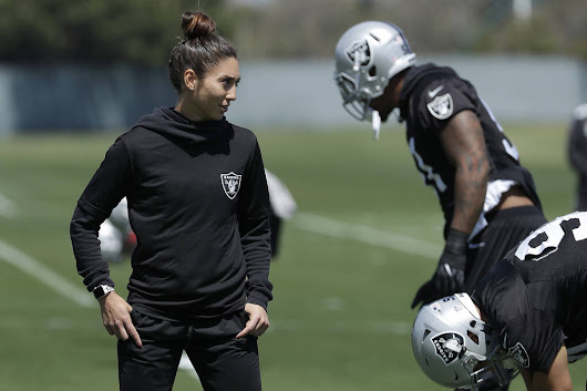 Kelsey Martinez strengthens Raiders as 1st female assistant coach