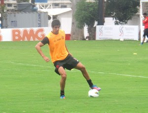 Caceres, Treino Flamengo, Ninho  (Foto: Janir Junior / Globoesporte.com)