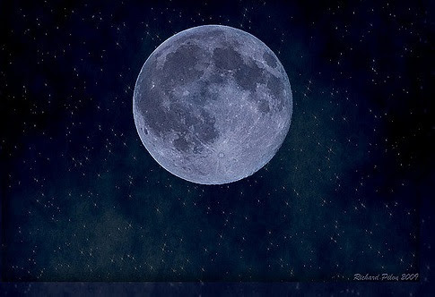 月 が 綺麗 です ね 返し まとめ 「月が綺麗ですね」の類語&返し方11選!言葉を使わないおしゃれな告...