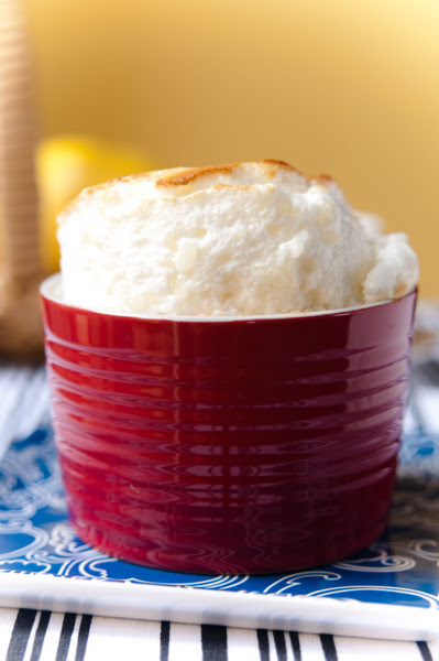 Rice and lemon souffle