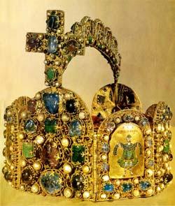 CharlemagneCrown.jpg - 48393 Bytes