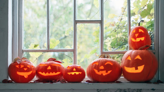 How Halloween Can Help You Sell Your House: 3 Sales Tricks to Try | ®