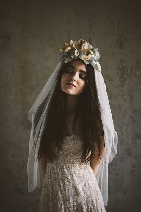 Wedding Crowns With Veil
