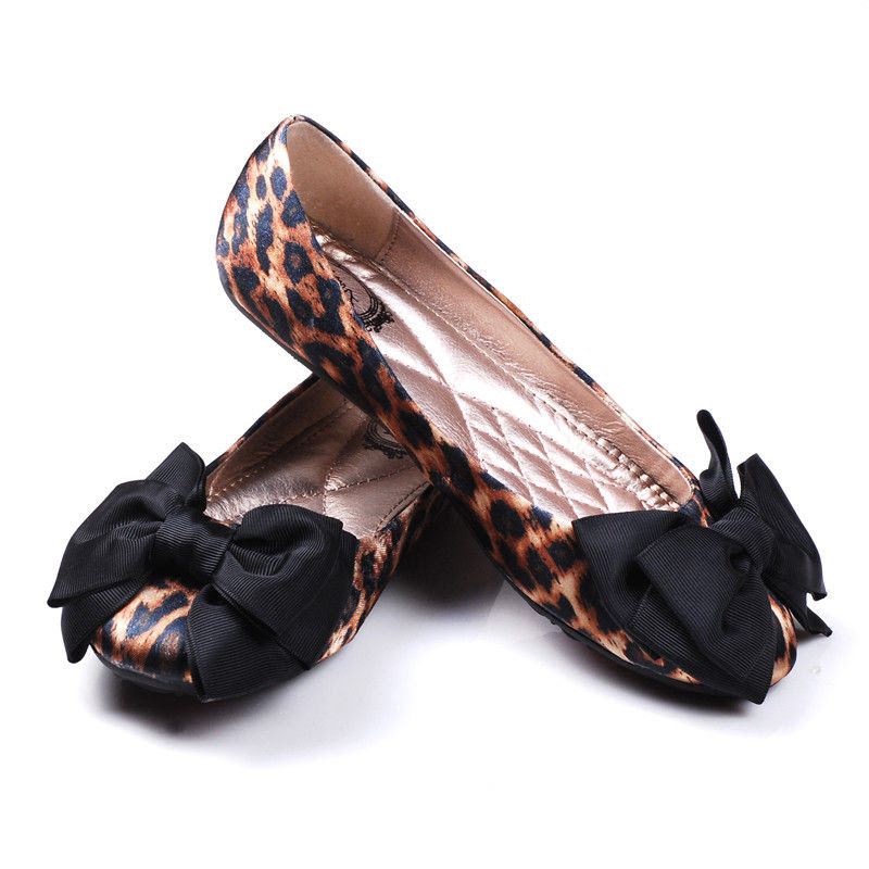 LEOPARD PRINT AND BOW FLATS - product images  of