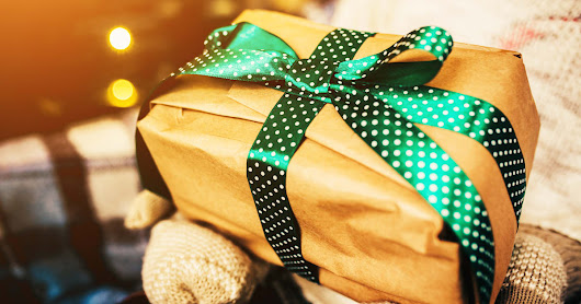 Public Access - The Ultimate Holiday Gift Guide for Any Startup Founder