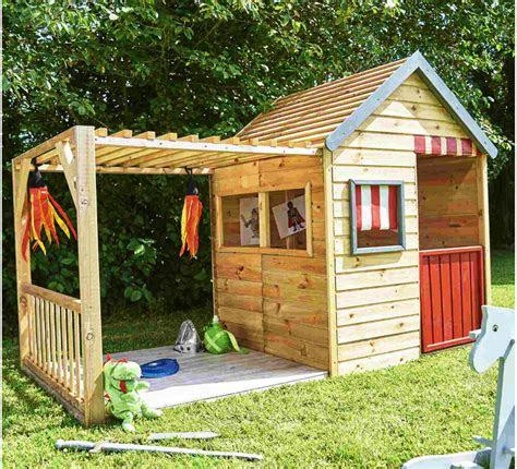xxl kinderspielhaus mit veranda aus holz grosses spielhaus
