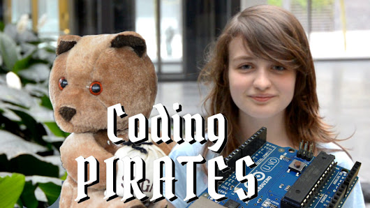 Girl made an Arduino Scare Bear at Coding Pirates - the result is awesome!