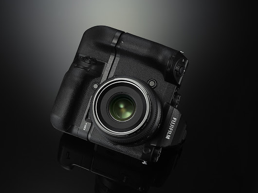 (photokina) Fujifilm heads into mirrorless medium format with GFX 50S