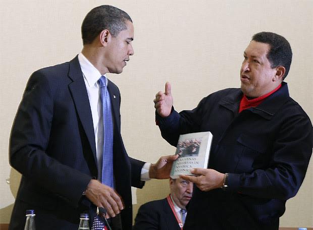 Chávez regala a Obama 'Las venas abiertas de América Latina', de Eduardo Galeano